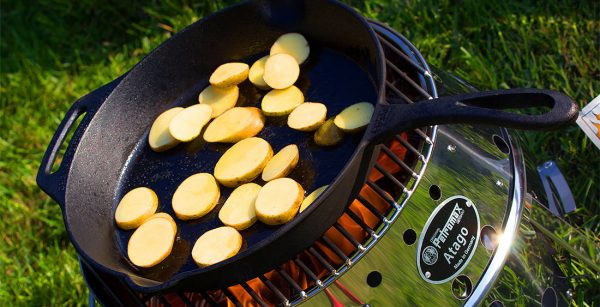 Petromax fire skillet pan fp25 with 1 handle