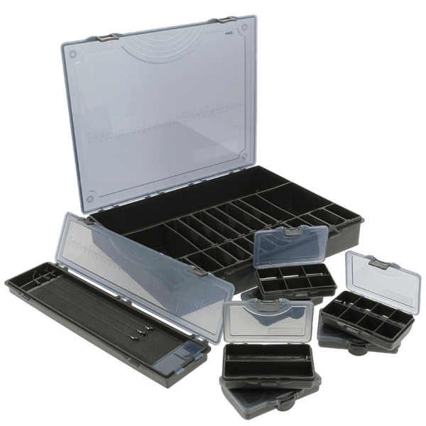 Ngt 7+1 tackle box - tackle box with 6 bit boxes and rig board