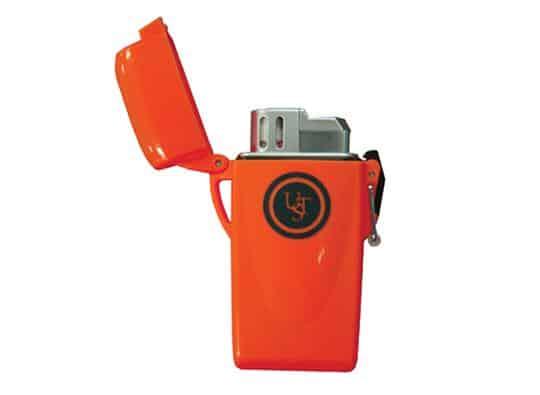 Ust floating stormproof lighter (various colours)