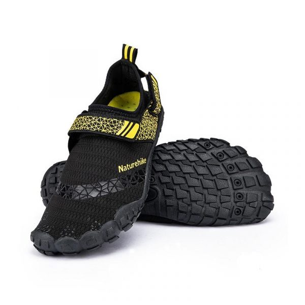 Naturehike outdoor wet shoes / beach shoes - black and yellow
